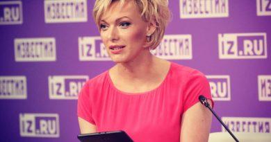 Елена Лихоманова – телеведущая, новостной эксперт, журналист